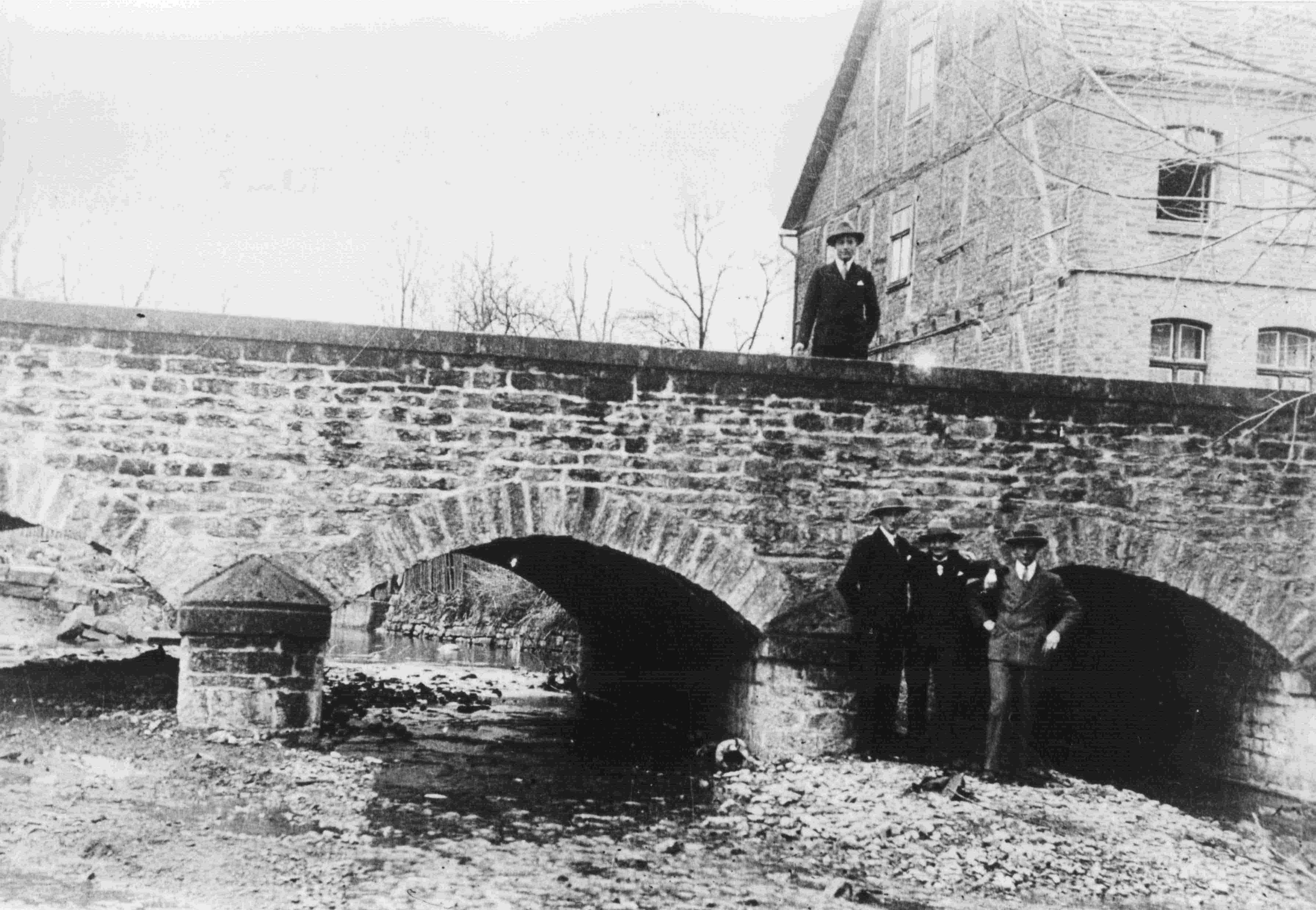 Saumerbrücke_von_1890_1975_abgebrochen